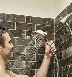 Moen Attract Magnetix Showerhead