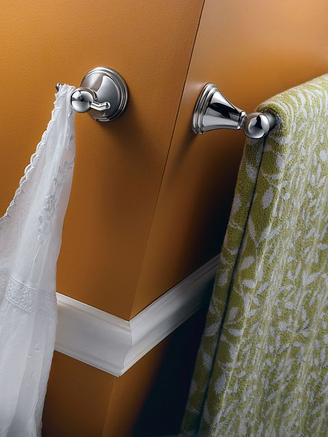 Preston Chrome 18 Quot Towel Bar Dn8418ch Moen
