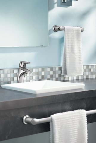 Method Chrome One Handle Low Arc Bathroom Faucet 6810 Moen