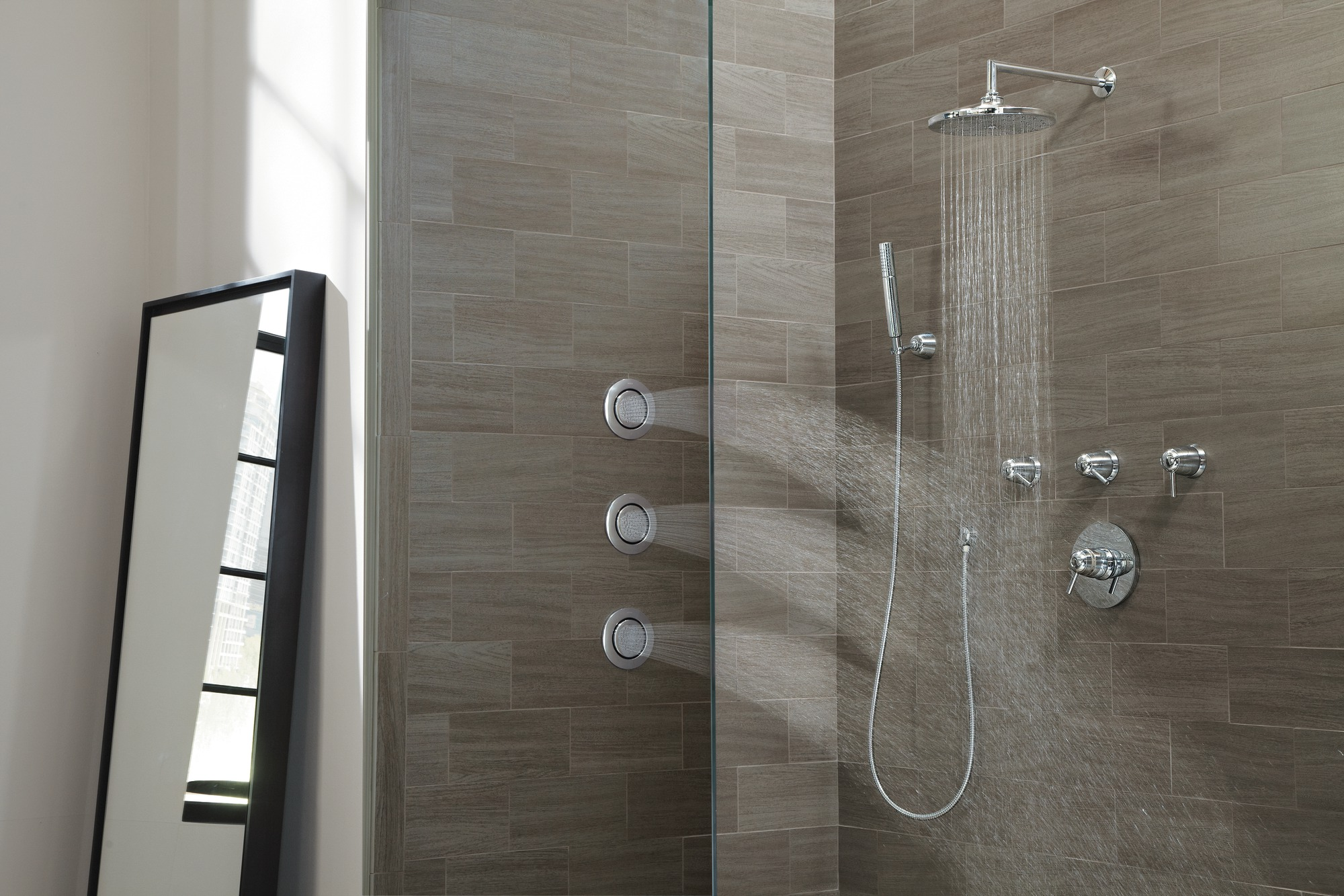 Vertical spa systems trusted e blogs for Body spray shower systems